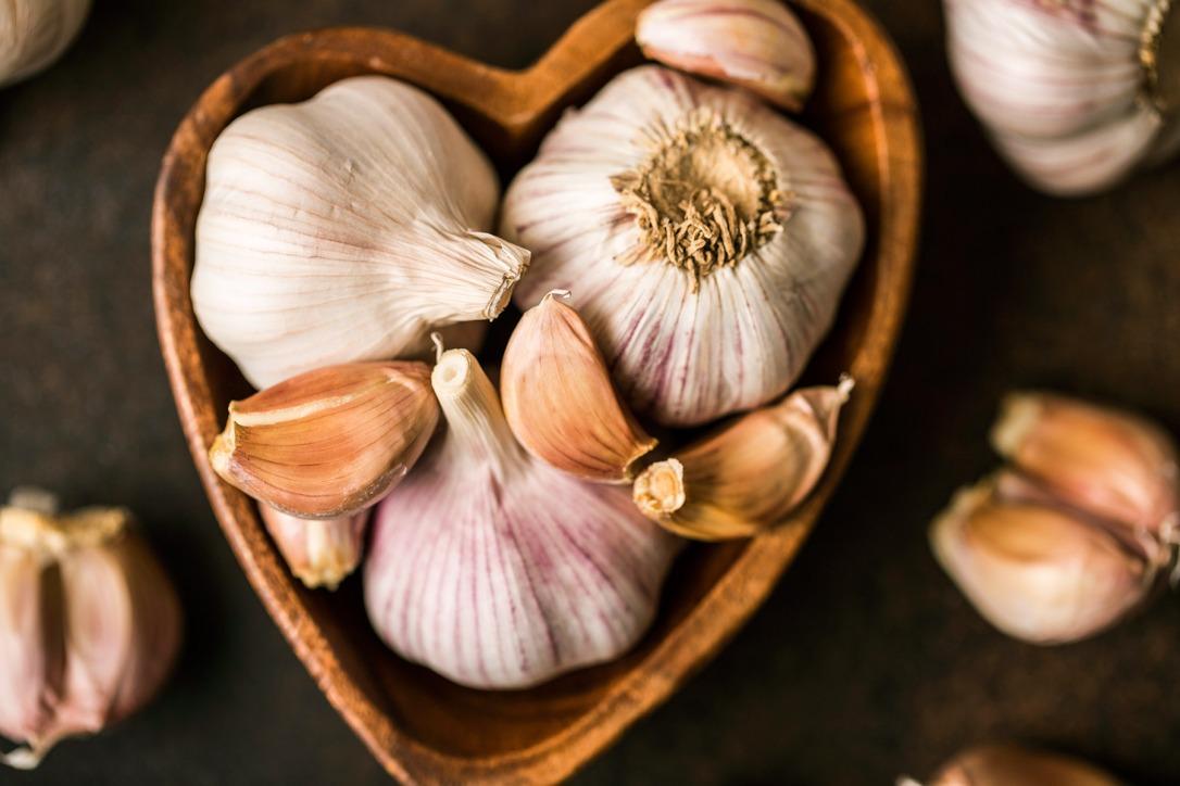 1800x1200_all_about_garlic_slideshow